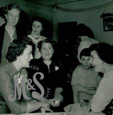 image P2-29-15 Dec 1955 Mile End Store Christmas Party